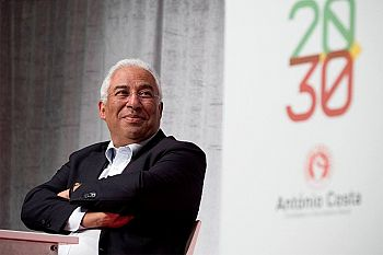 António Costa reeleito líder do PS